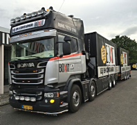 "WSI ""Boxit"" SCANIA R6 STREAMLINE with PALFINGER 7800.2 + 2x 20 FT CONTAINER (Pre Order)"